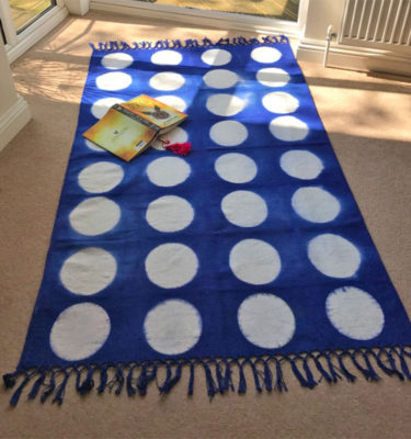 Handcrafted rug - Moon royal blue